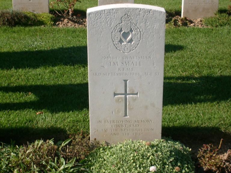 Ian Small Bayeux Cemetery